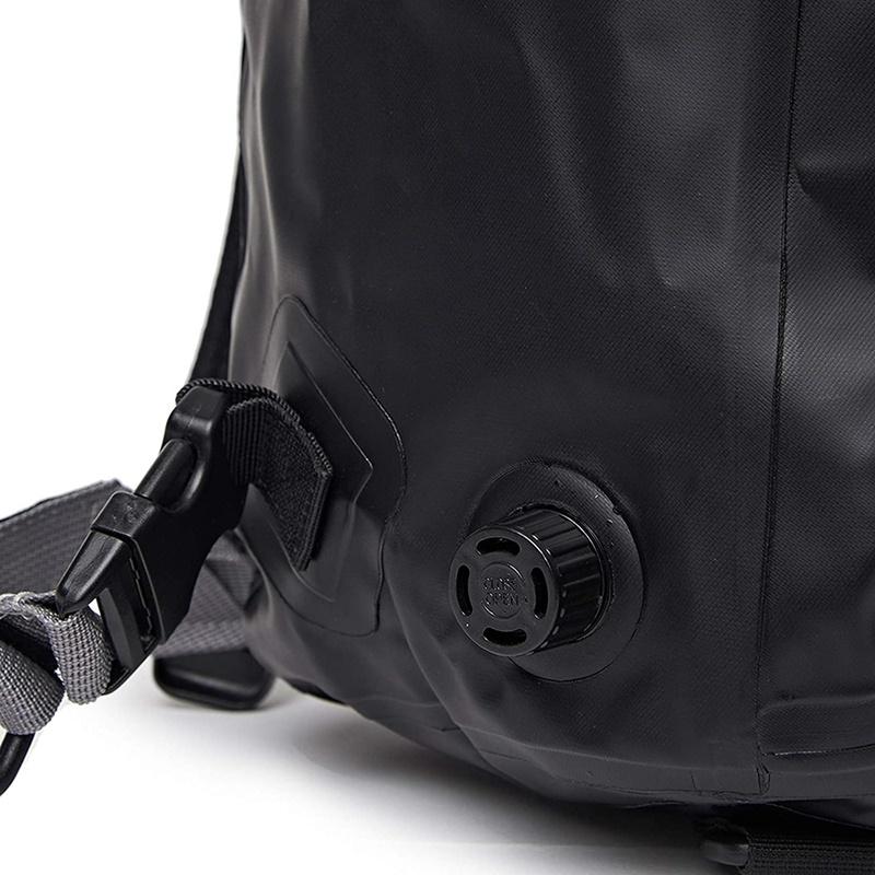 블리츠 방수 블랙 백팩-8